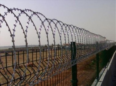 Ολοκληρώθηκε η κατασκευή του φράχτη στον Έβρο