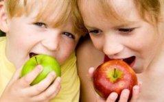 Δωρεάν γάλα και φρούτα στα σχολεία από τον Φεβρουάριο